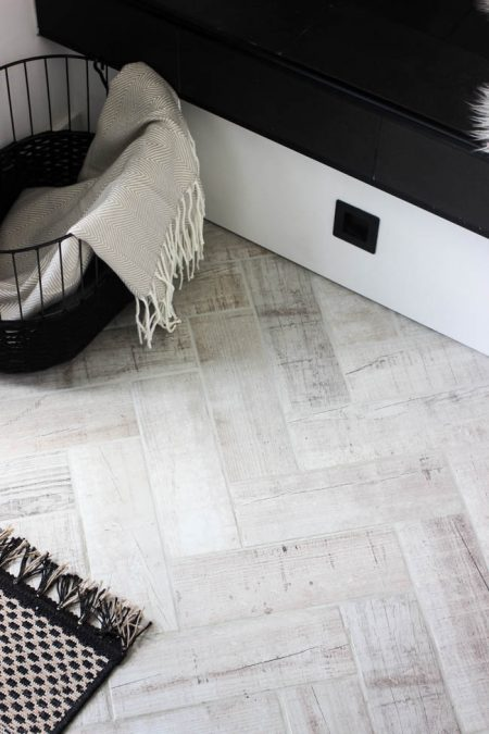 Faux-wood-grain-herringbone-tile